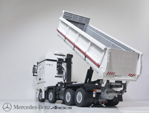 Lego Technic Mercedes-Benz Arocs 4463 Remote Control