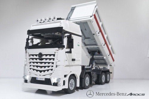 Lego Technic Mercedes-Benz Arocs 4463