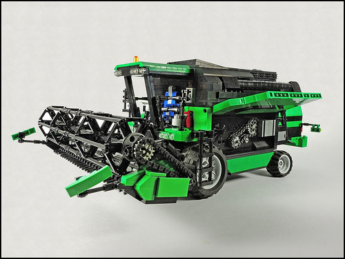 Lego Technic Deutz Fahr 6040 Combine Harvester Rc The