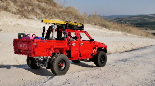 Lego Technic Toyota Hilux 4x4
