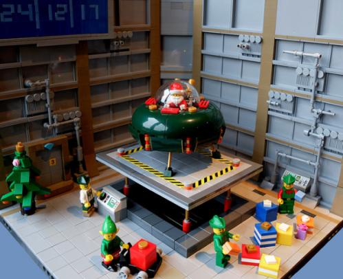 Lego Santa Spaceship