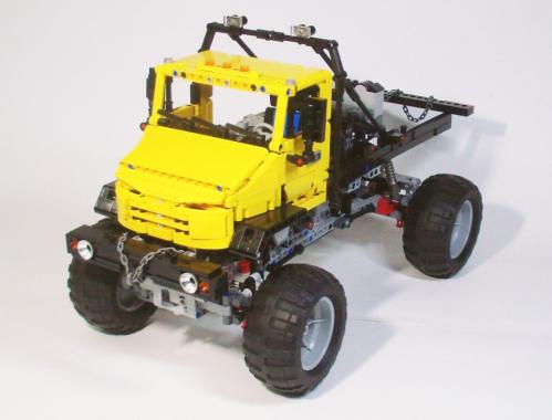 Lego Technic ZIL 4327 Trial Truck