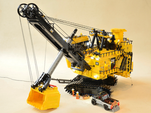 Lego Caterpillar 7495 HF Bucket Excavator