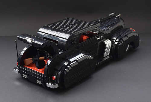 Lego Art Deco Cruiser