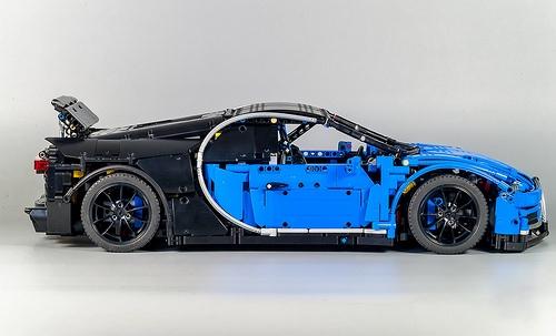 Lego Technic Bugatti Chiron Remote Control