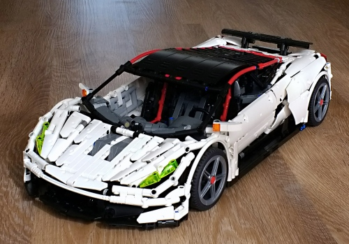 Lego Technic V10 Supercar