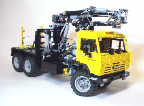 Lego Technic KAMAZ 43118 Timber Truck RC