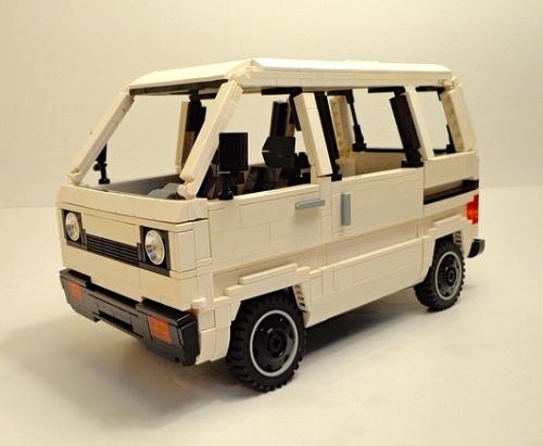 Lego Suzuki Super Carry