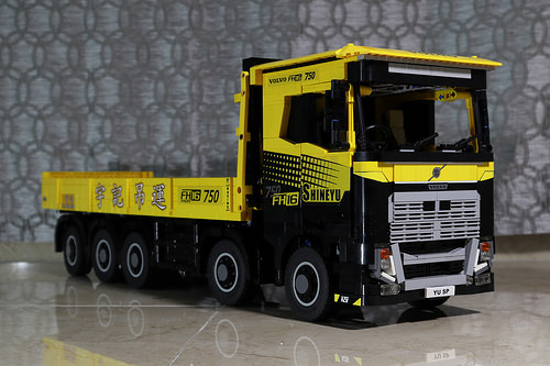 Lego Volvo FH 16 Truck