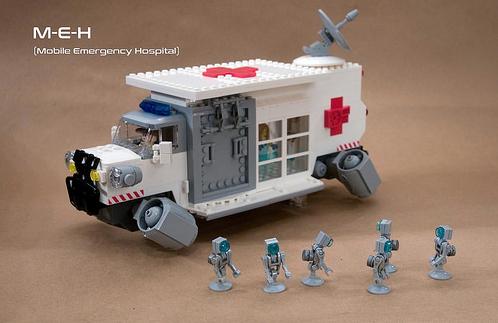 Lego Sci-Fi Mobile Hospital
