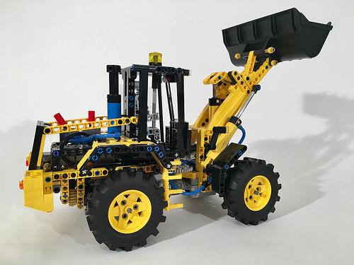 Lego Technic Cat Digger