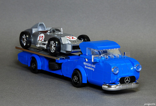 Lego Mercedes-Benz Blue Wonder