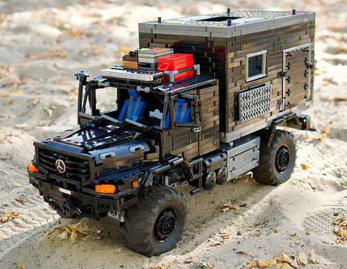 Lego Technic Mercedes-Benz Zetros Expedition