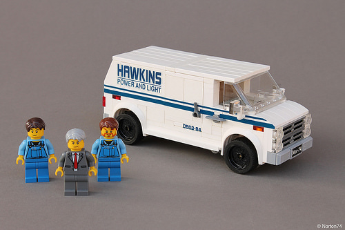 Lego Chevrolet Van Stranger Things Netflix