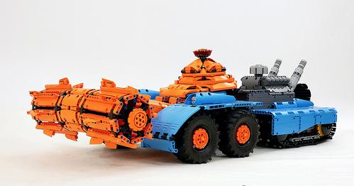 Lego Technic Red Alert Grinder Tank