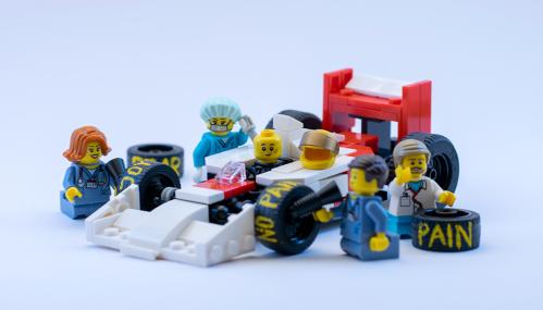 Lego Pitstop